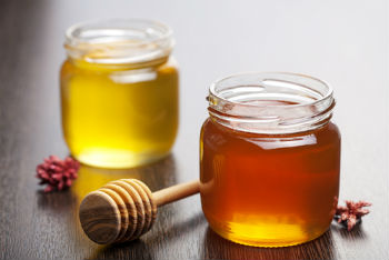 raw honey jars