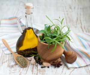 8-great-uses-oregan-oil