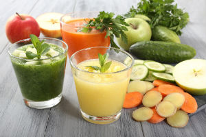 vegetable-juices-and-raw-vegetables