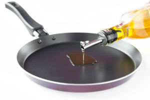skillet drizzled with oil