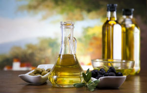 olive-oil-in-glass