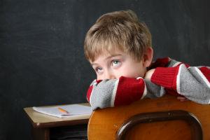child-bored-in-classroom
