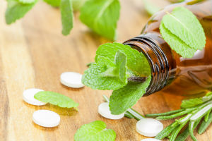 herbs-in-bottle-with-supplements