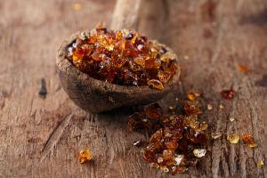 dried-sap-gum-arabic