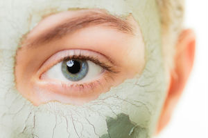 Organic skin care facial mask