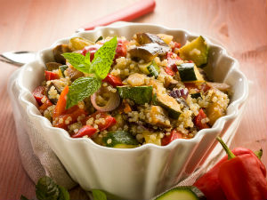 quinoa-vegetable-bowl-dish