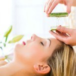 How to Support Your Skin: Does Aloe Really Help Acne?