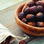 Soap Nuts: The Benefits of Using All-Natural Laundry Detergent