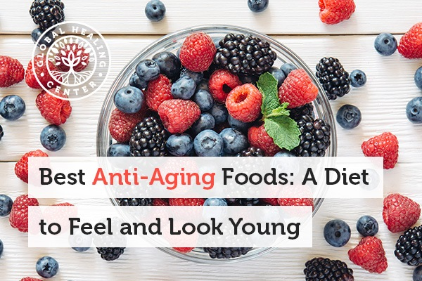 A bowl of berries. The key elements in anti-aging foods are antioxidants.