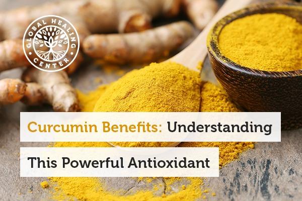 A spoon full of curcumin. Curcumin benefits include antioxidant support.
