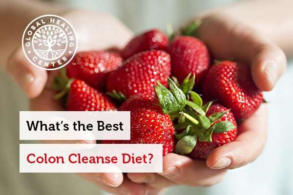 Fruits and berries are part of the colon cleanse diet.