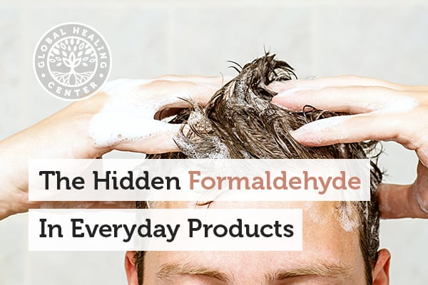 An individual shampooing their hair. Formaldehyde is a dangerous chemical that can be found in shampoos.
