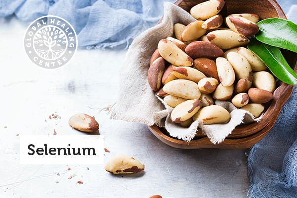 Bowl full of brazil nuts that are rich in selenium.