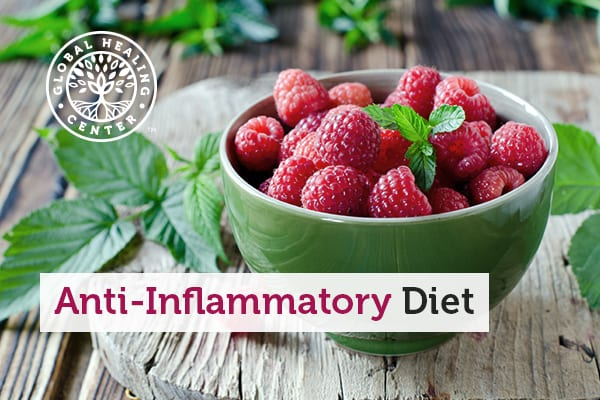 A bowl of raspberries, which is a staple for an anti-inflammatory diet.