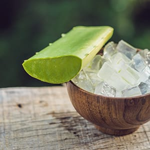 Aloe Vera for Skin: DIY Recipes for Healthy Skin, Acne, & More