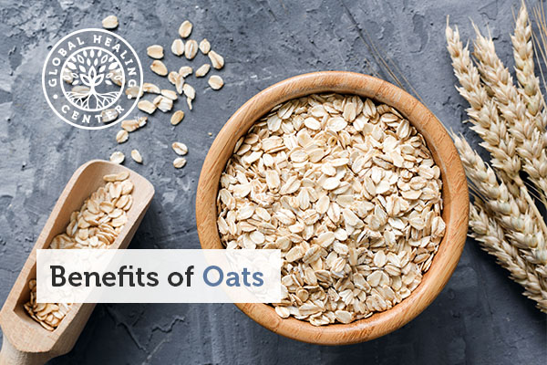 A bowl of fresh rolled oats.